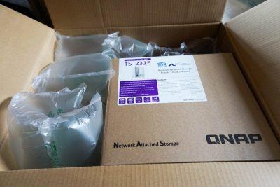 QNAP NAS届きました