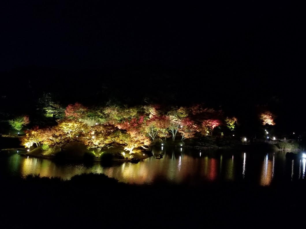 栗林公園秋のライトアップ09